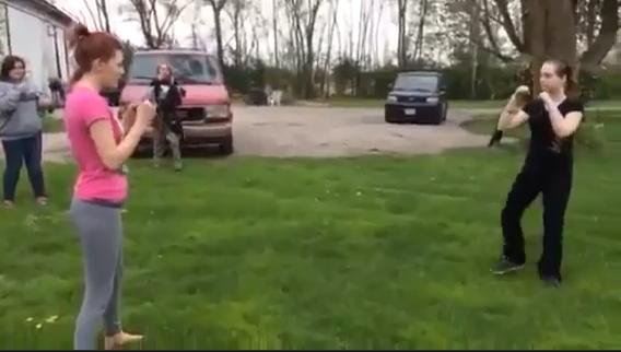 white girls scrapping